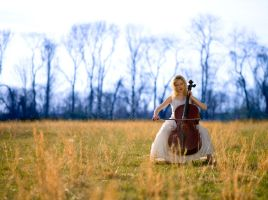 Cello Emmanuelle by roninsps