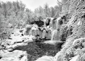 130209 Akron Falls Park 18 by tmfNeurodancer