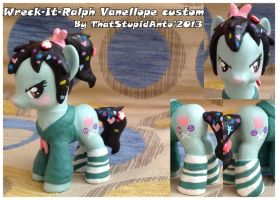 WRECK-IT-RALPH Vanellope custom by Antych