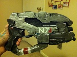 Mass Effect Cosplay Prop- Eagle Heavy Pistol by jinxedcynder