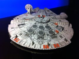 Millenium Falcon Papercraft_Final_04 by Ohnhai