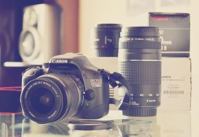 Brand new CANON t2i by zentenophotography