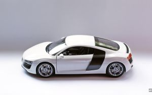 Audi R8 pure white by 5-G