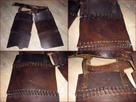 Orc Upper Leg Armour by Hellwolve