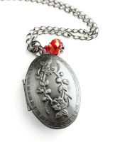 Antique Silver Oval Picture Locket Necklace by crystaland