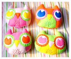 Large Fleece Owl Plushies by pookat