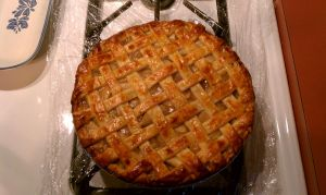 Classic Apple Pie by aakahasha