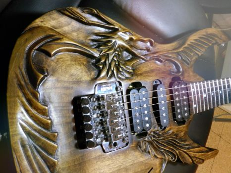My Phoenix-Guitar by andanzza