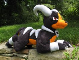 Houndoom Pokemon Plush by Lithe-Fider