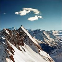 Alpine peaks - Courmayeur (Italy) by jup3nep