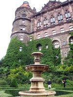 Ksiaz Castle - garden fountain by kwizar