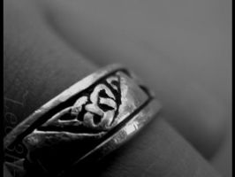 Ring. by Lec3H-All