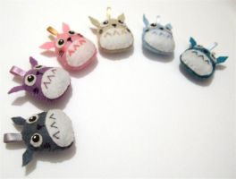 Rainbow totoro plushies by yael360