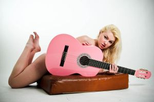 Pink Guitar.... by ISRanger