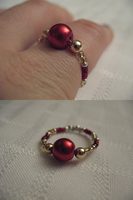 Red n Gold Holiday Ring by sampdesigns