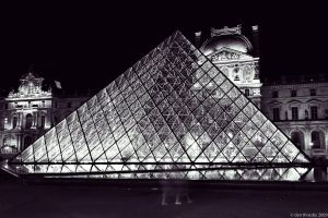 pyramide by night_2 by dth75