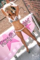 Roxy Superstar Teaser 06 by rekit
