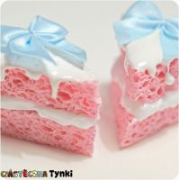 pink pieces of cake by ciasteczkatynki