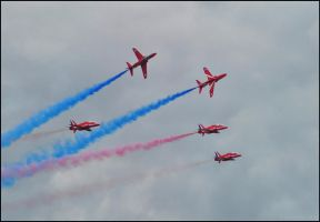 Red Arrows 6 / FAS 2012 by Somebody-Somewhere