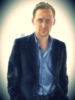 Tom Hiddleston by MoonySky