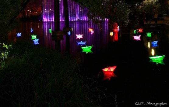 Festival of Lights  No.2 by MT-Photografien