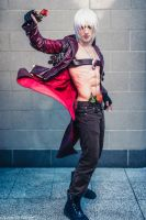 Dante is BACK - Devil May Cry 3 London MCM 2015 by LeonChiroCosplayArt