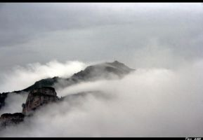 Foggy mountain 3 by poison8