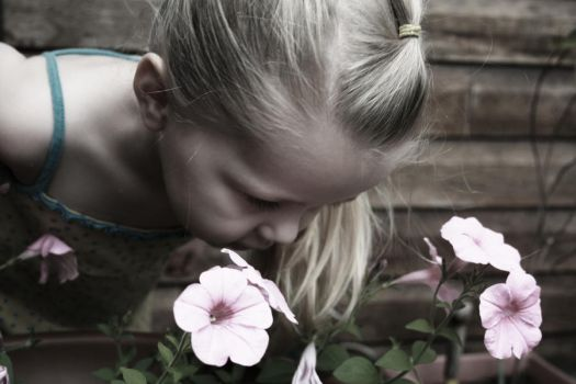 Saige and the Flowers 4 by creeps2002