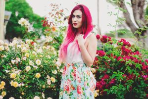 Floral :3 by candypow