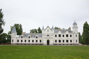 Stock - Castle exterior 2 by triinustock