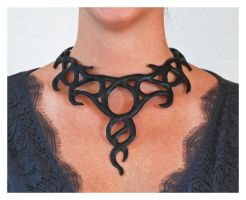 Celtic knot necklace by silvercrow