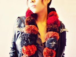 D.I.Y. Pom Pom Scarf by Cateaclysmic