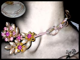 The Neverending Necklace by retrospectjewelry