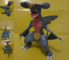 Garchomp papercraft by turtwigcuTey