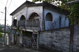 Abandonned house to FORT DE FRANCE by A1Z2E3R