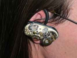 Steampunk bluetooth headset by kamiiyu