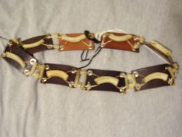 Bone and leather belt by Tabbicatt
