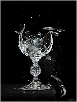 Crystal Glass by cycoze