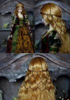 Golden Age headdress by AyuAna