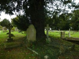 St Lawrence's Graveyard by photodash
