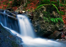 Waterfall on the Dry Valley 2 by lica20