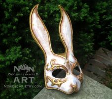 White Splicer Rabbit mask by nondecaf