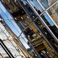 Parisien reflection-les Halles by Rob1962