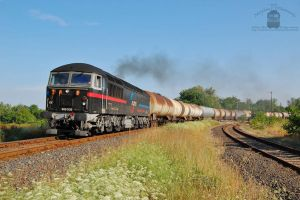 659 002 with freight train in Gyorszabadhegy by morpheus880223