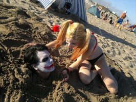 Beach day with the Joker and Harley Quinn (2) by LeanAndJess