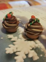 Clay christmas cupcake earrings - gold plated by moonwolf17