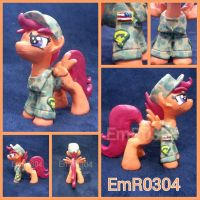 Commission: Army Scootaloo by EmR0304
