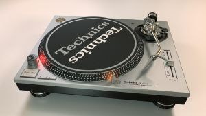 Technics SL-1200 by LoByteSo
