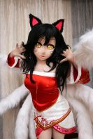 Ahri Cosplay by Wyukig