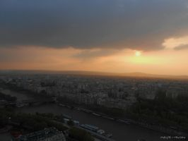 Sunset, Eiffel Tower by MaRyS90